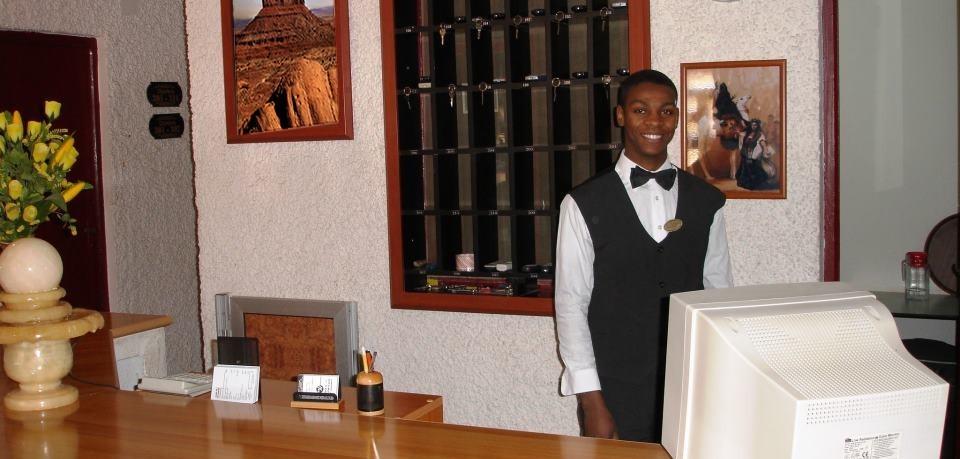 Bienvenue à l'hôtel el mostakbel